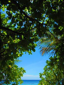 アンガガのビーチの景色