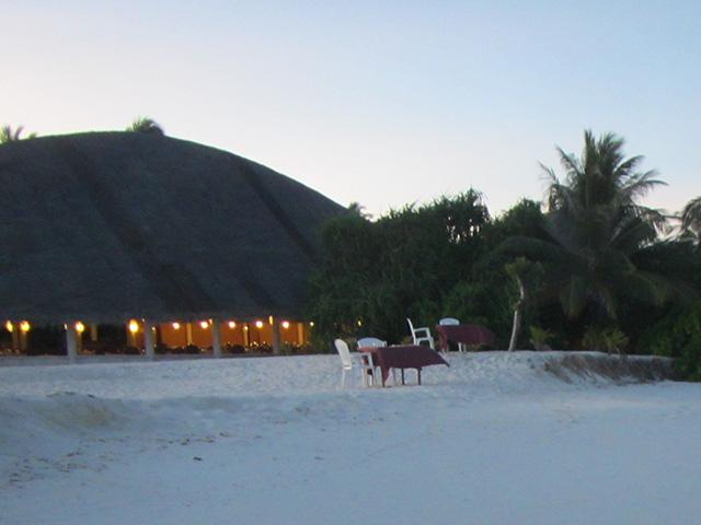 アンガガのビーチ