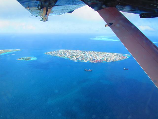 水上飛行機から見た景色
