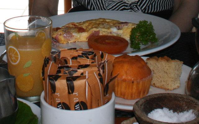フィジー マタマノアの朝食